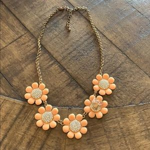 Jewelry - Fun bee necklace!
